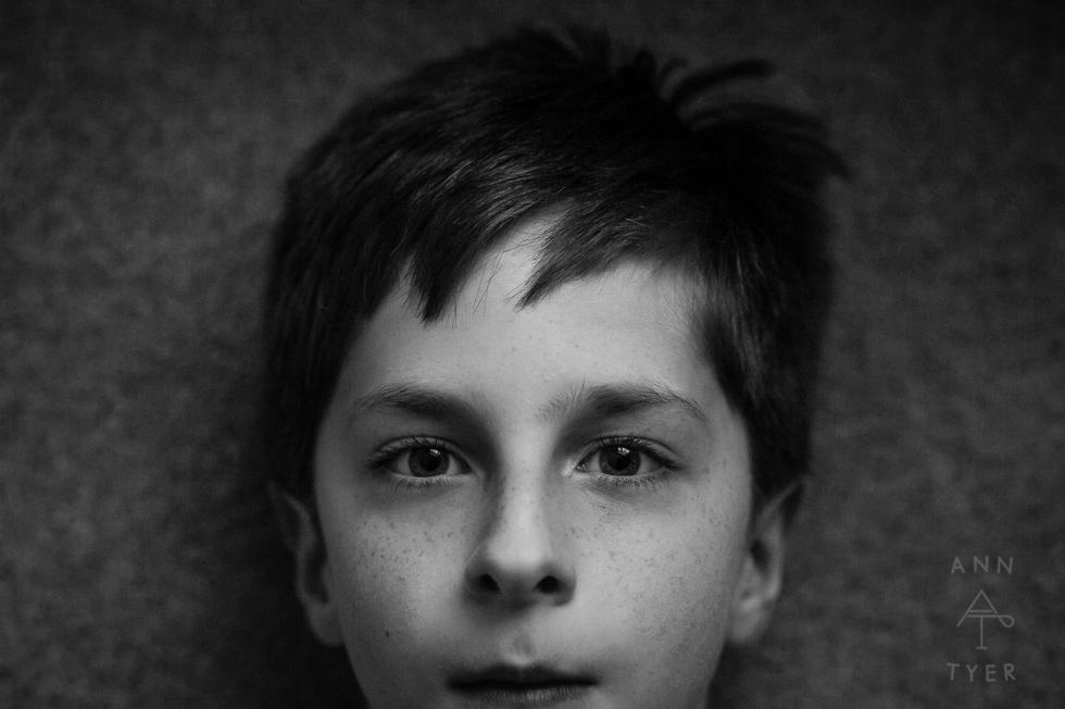 anntyer_boy_black_and_white_centered_portrait-1