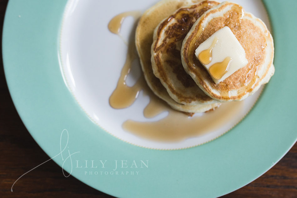 ine-art-photo-of-pancakes-by-colorado-child-photographer-lily-jean-photography