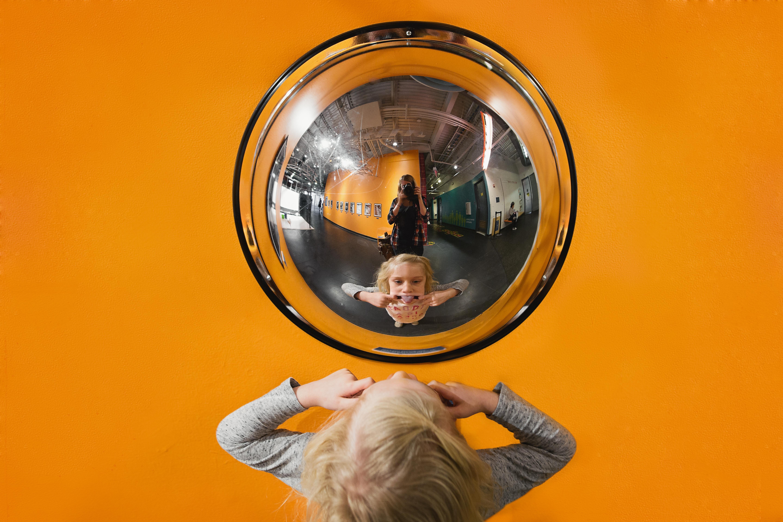 Hello-olivia-photography-long-island-family-photographer-childrens-museum-hempstead-orange
