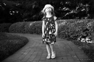 celia-sloan-child-photography-hiding-hat