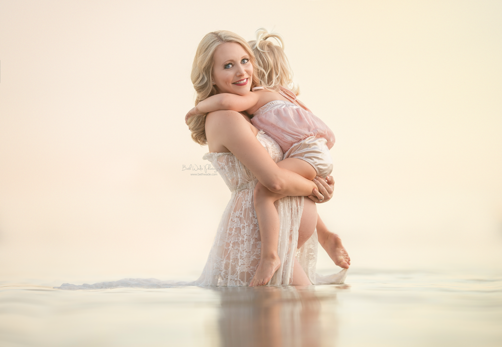 mothers day at the lake - beth wade charlotte maternity photographer