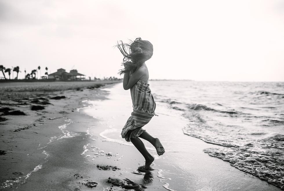 Mae Burke Motherhood Photographer Everyday Moments of Daughters-6-blog
