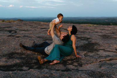 Kerlyn-Van-Gelder-Corpus-Christi-Photographer-Travel-Session-Enchanted-Rock