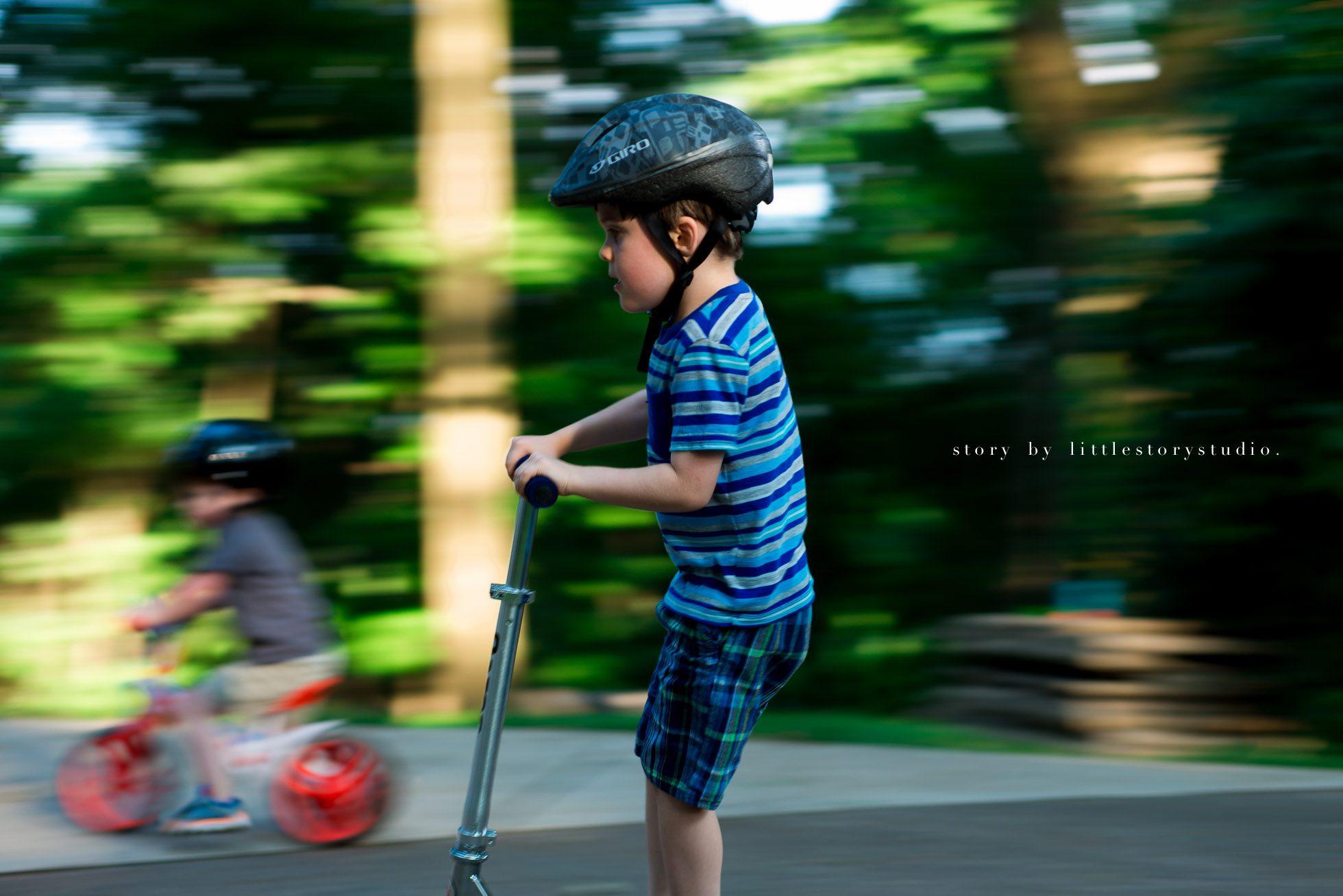 greensburg-pa-photographer-boys-riding-bikes
