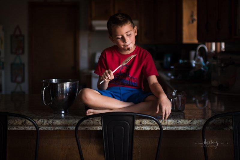 sz-the-daily-cooking-brownies-documentary-photography