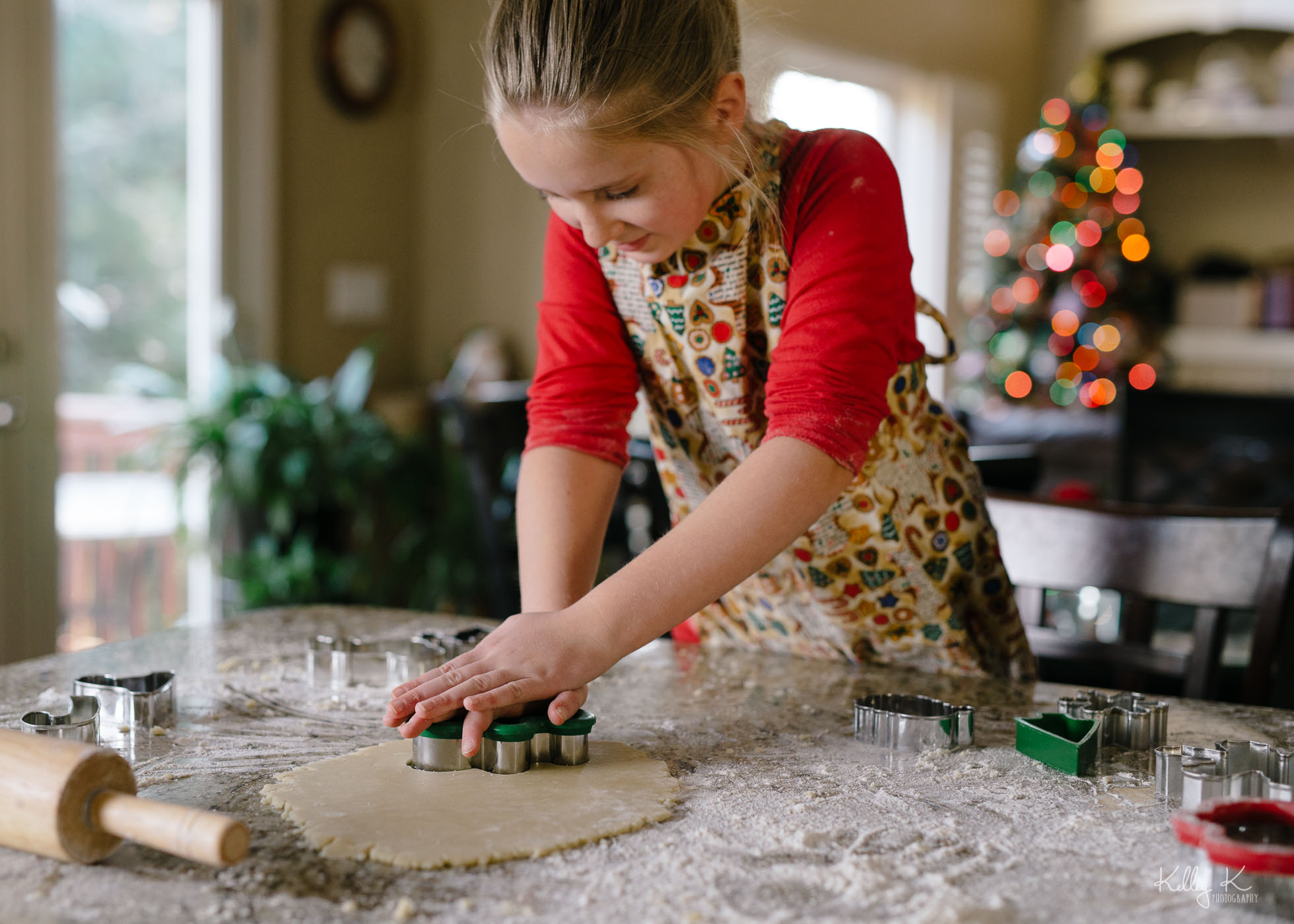 Making-Christmas-cookies-by-KelleyKPhotography-Smyrna
