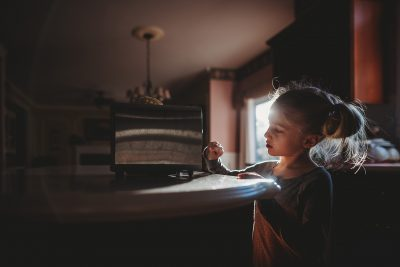 Hello-olivia-photography-Long-island-child-photographer-kids-breakfast-toster-morning-routine