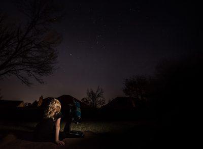 stargazer girl child telescope night photography low light photography lifestyle westcott ice light astronomy kate luber photography edmond ok photographer oklahoma city