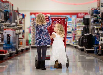 shopping buddies target lifestyle photography kate luber sisters siblings girls edmond ok oklahoma city photographer