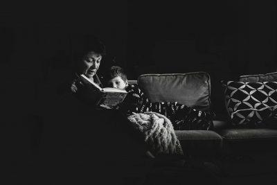 reading with grandma Boston family photographer_