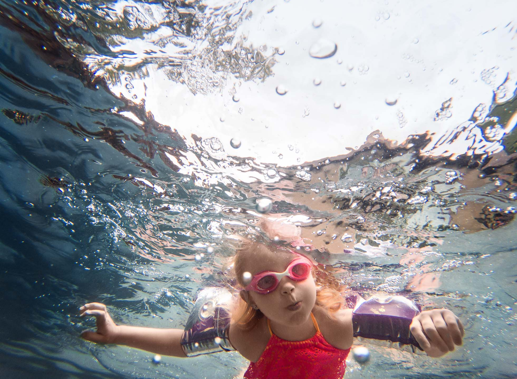 03 peek a boo underwater gopro hero 5 black edmond ok photographer oklahoma city natural light photographer kate luber photography