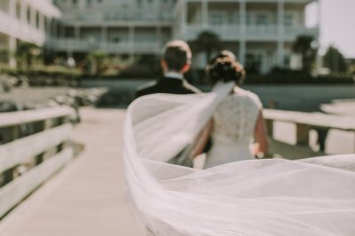 ebony-logins-clickin-moms-daily-project-wedding-victoria-bc-bride-groom-veil-wind-hotel