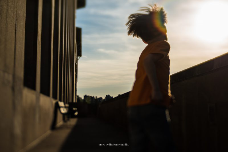 pittsburgh-photographer-boy-with-rainbow-flare