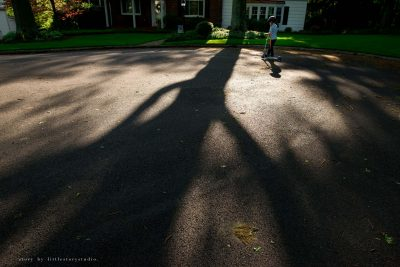 pittsburgh-photographer-boy-on-scooter-with-shadows