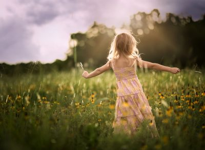 summer twirls portrait child girl edmond ok photographer oklahoma city natural light photographer kate luber photography