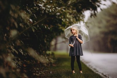 LITTLE-GIRL-LEAF-FALL-COLORS-LONG-ISLAND-Hello-olivia-photography-long-island-stock-photography-children-family-session-1