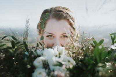 ebony-logins-clickin-moms-daily-project-wedding-victoria-bc-bride-bouquet-flowers-eyes-braid