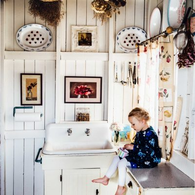 Girl-sitting-on-country-kitchen-counter-Moncton-photographer-Julie-Audoux