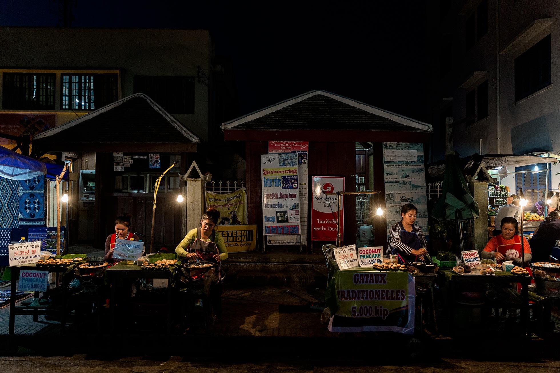 night-market-asia-travels