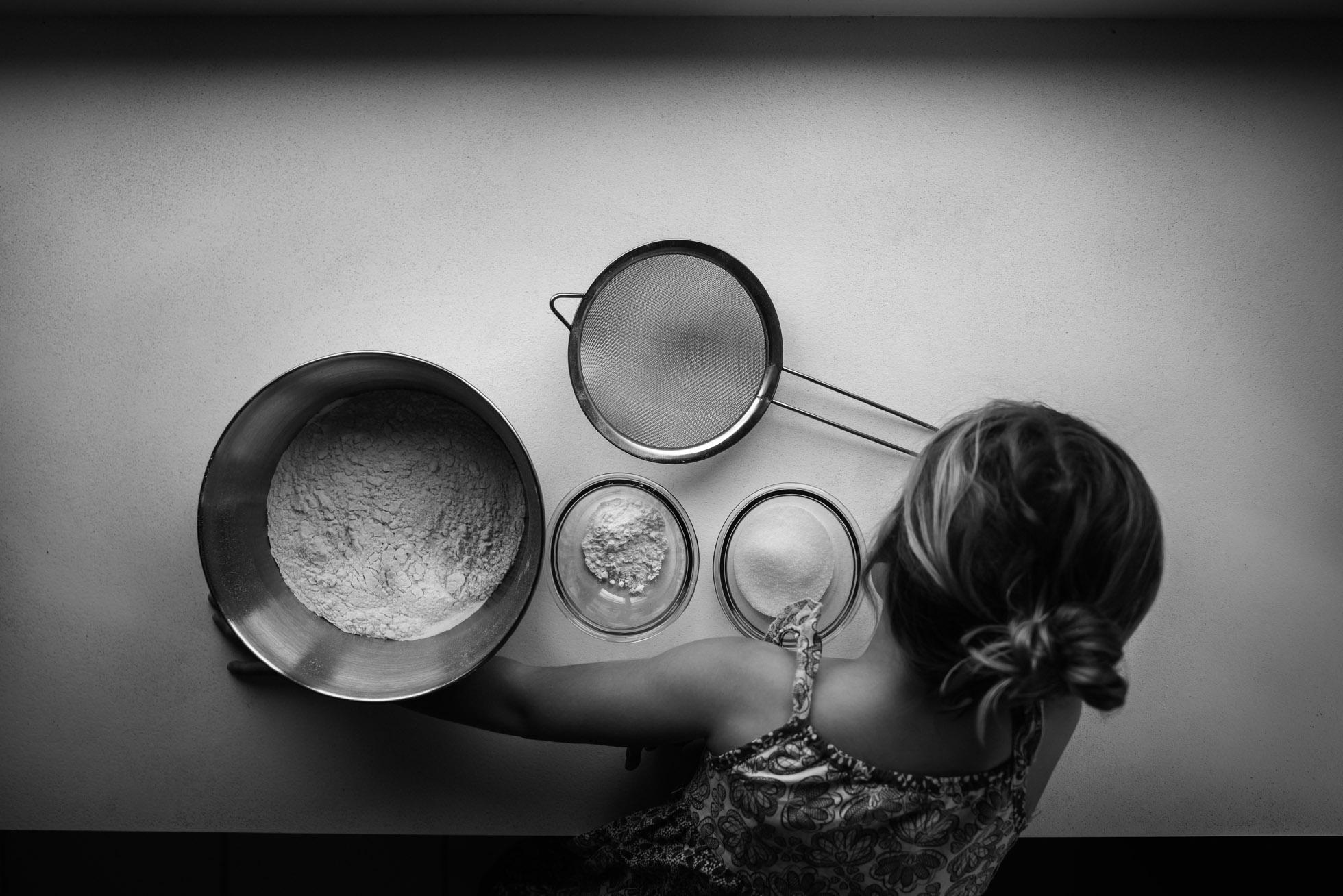 preparing pan cakes