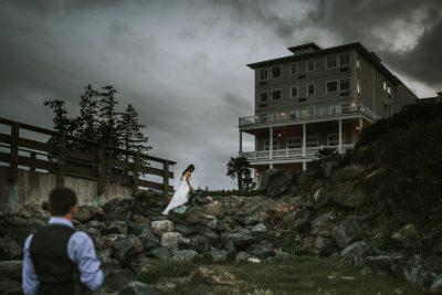 ebony-logins-prestige-hotel-sooke-clickin-moms-daily-project-wedding-victoria-bc