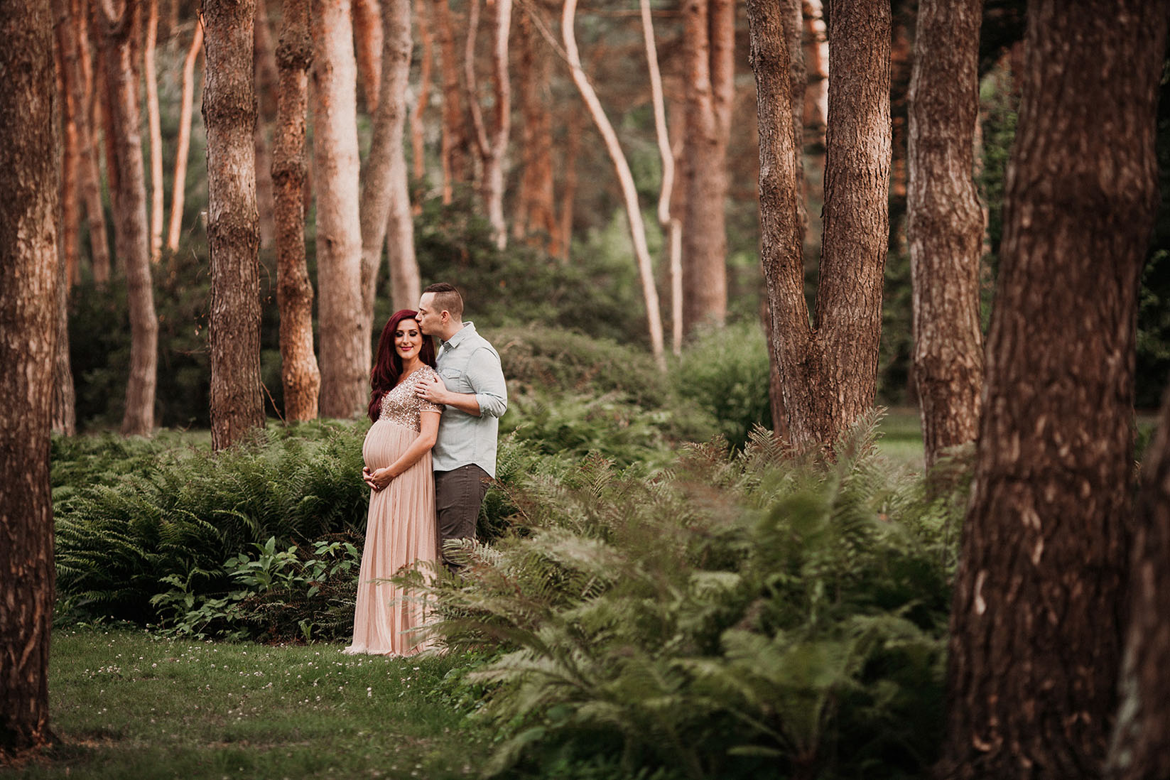 Outdoor maternity session held in forest in Cleveland Ohio by Maternity photographer Chelsey Hill Photography