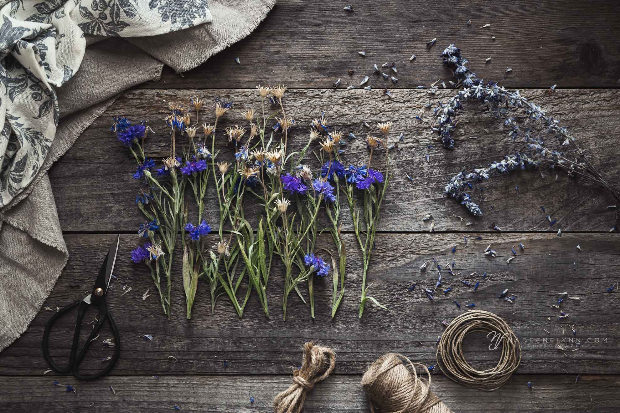 summer projects with dried bachelor button flowers