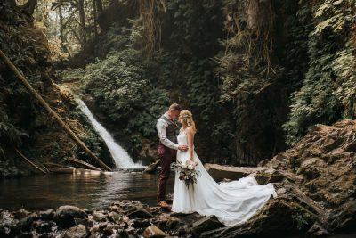 ebony-logins-wedding-photographer-clickin-moms-daily-project-wedding-victoria-bc-goldstream-park-waterfall
