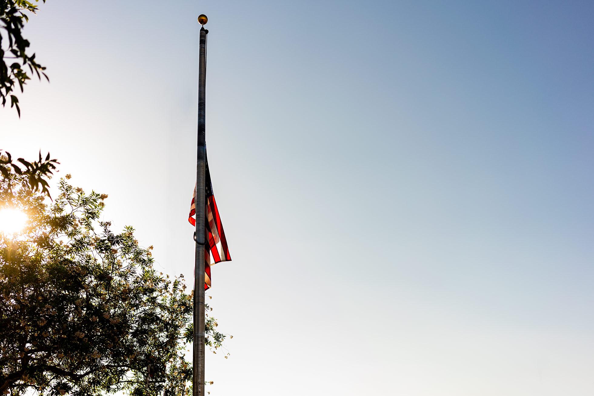 american-flag-beautiful-light
