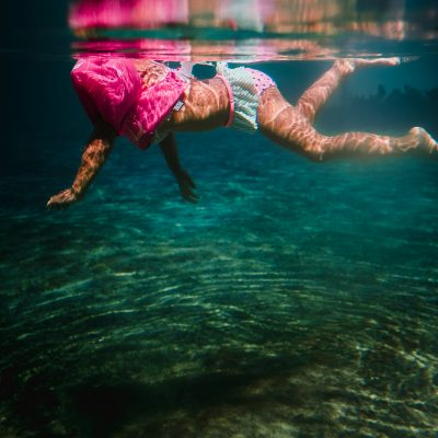 Tampa Florida Lithia Springs Underwater Photographer Chinelle Rojas
