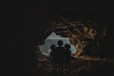Kids-cave-exploring-child-photography-snapberry-photographs