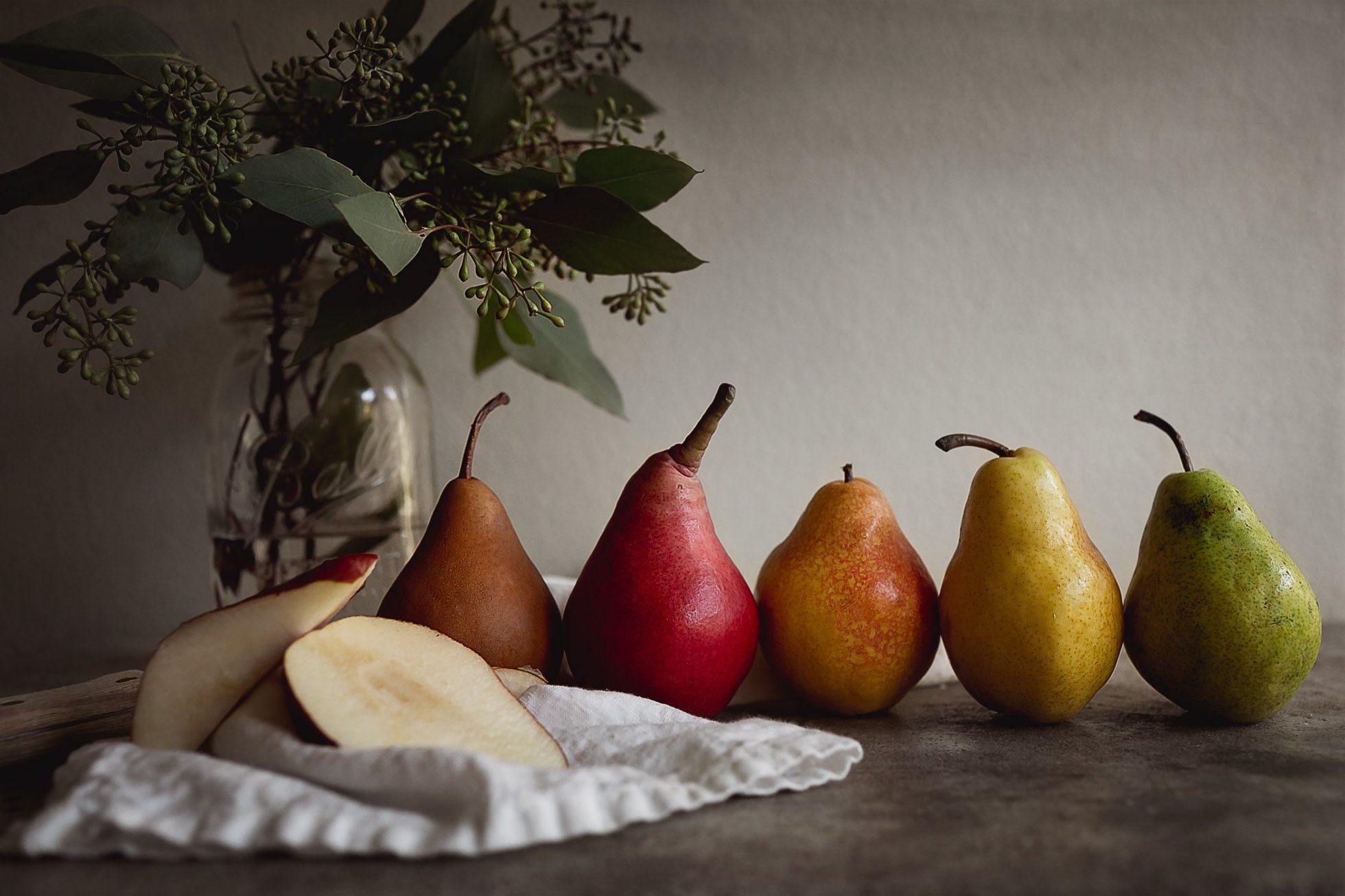 A rainbow of pears