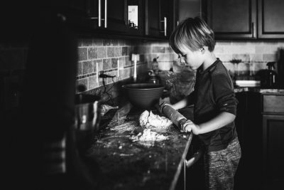 Christmas-Baking-St.-Louis-Photographer