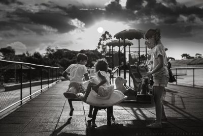 Playing in the park_@giaqueirozphotography