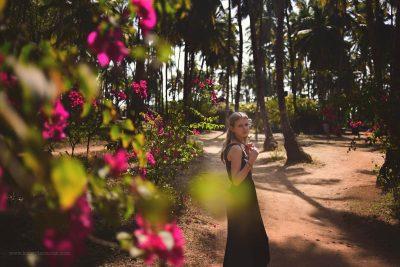 Kirsty Larmour_walk to the beach_Goa_India