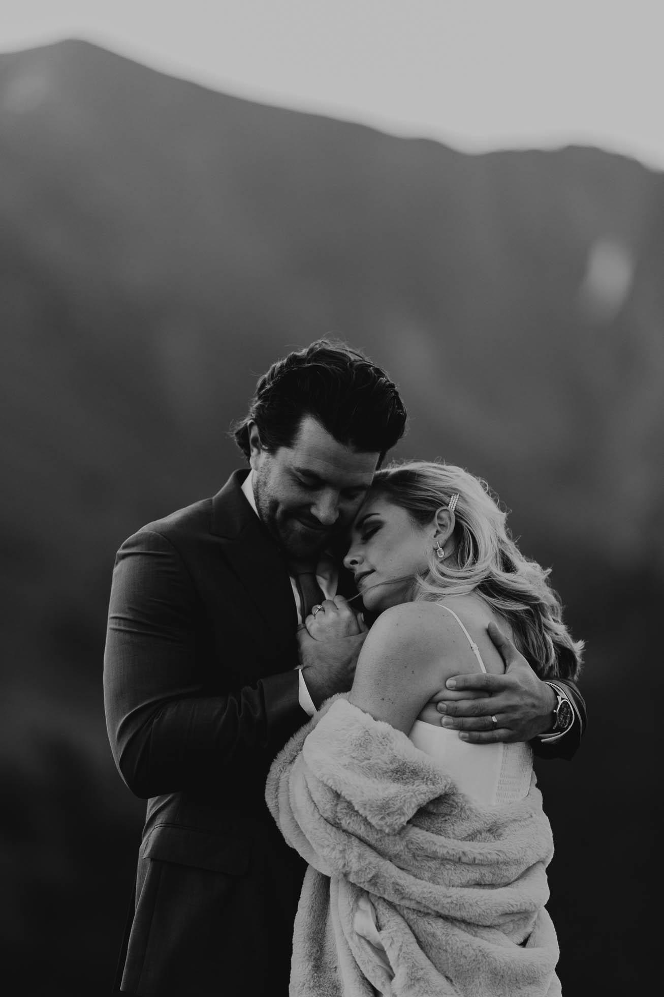 colorado-breckenridge-elopement-photographer-intimate-weddings-Justyna-E-Butler-Photography1