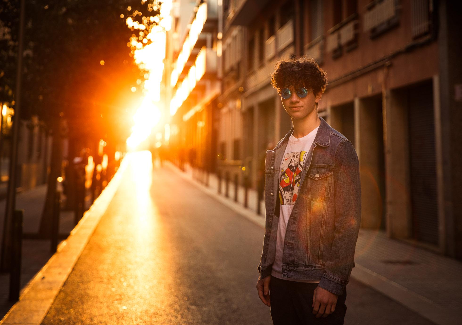 Senior photo on the streets of Barcelona