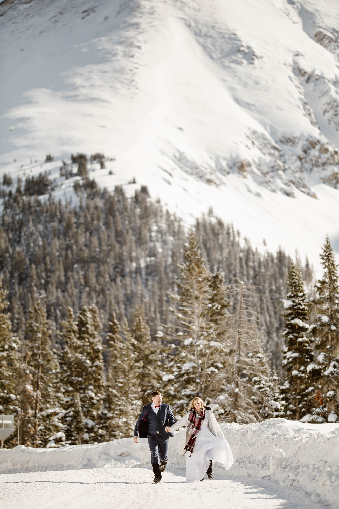 colorado-elopement-adventure-photographers, Justyna-E-Butler-Photography, Colorado-Adventure-Weddings,