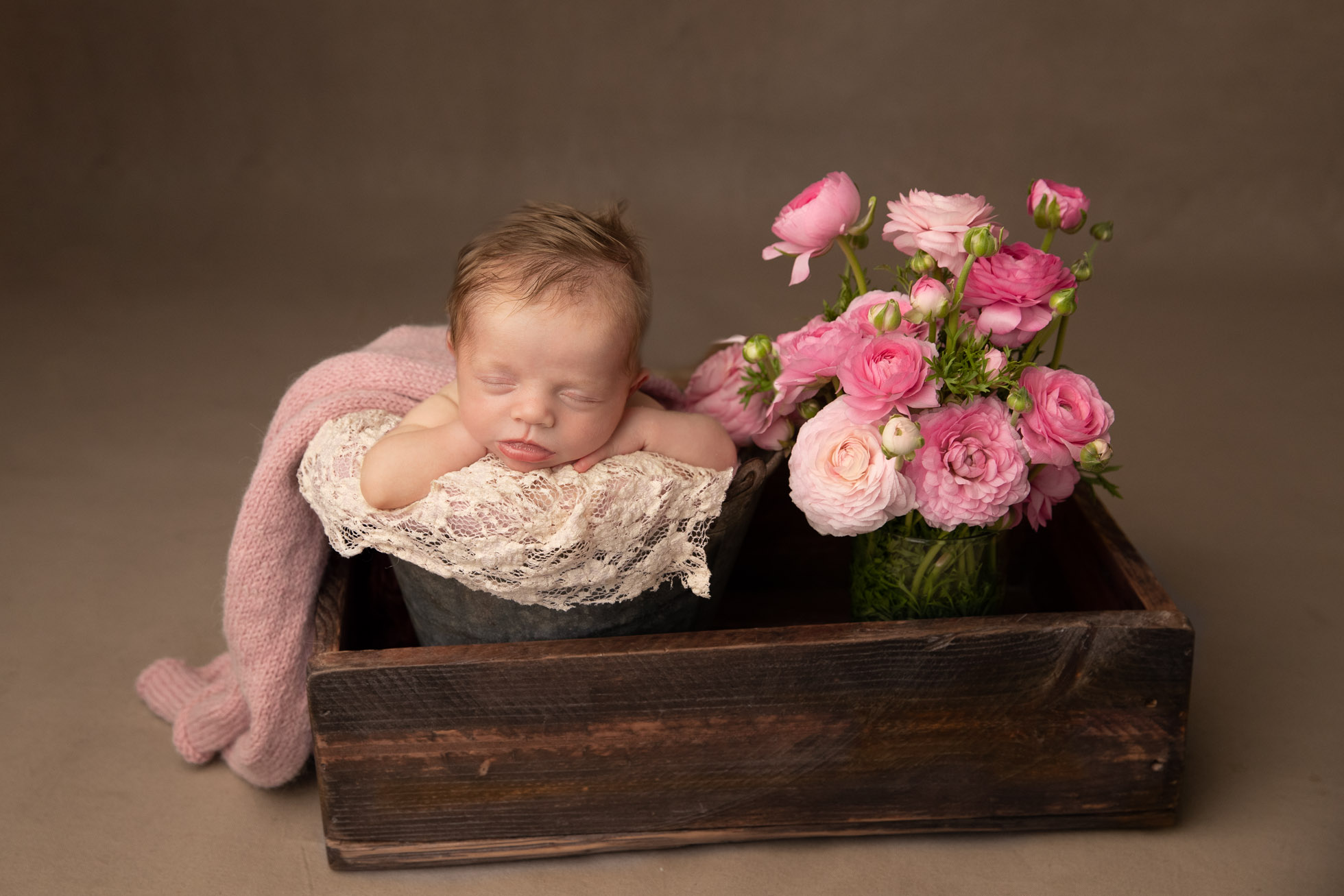 Perth Newborn Photographer01-ccef29cd